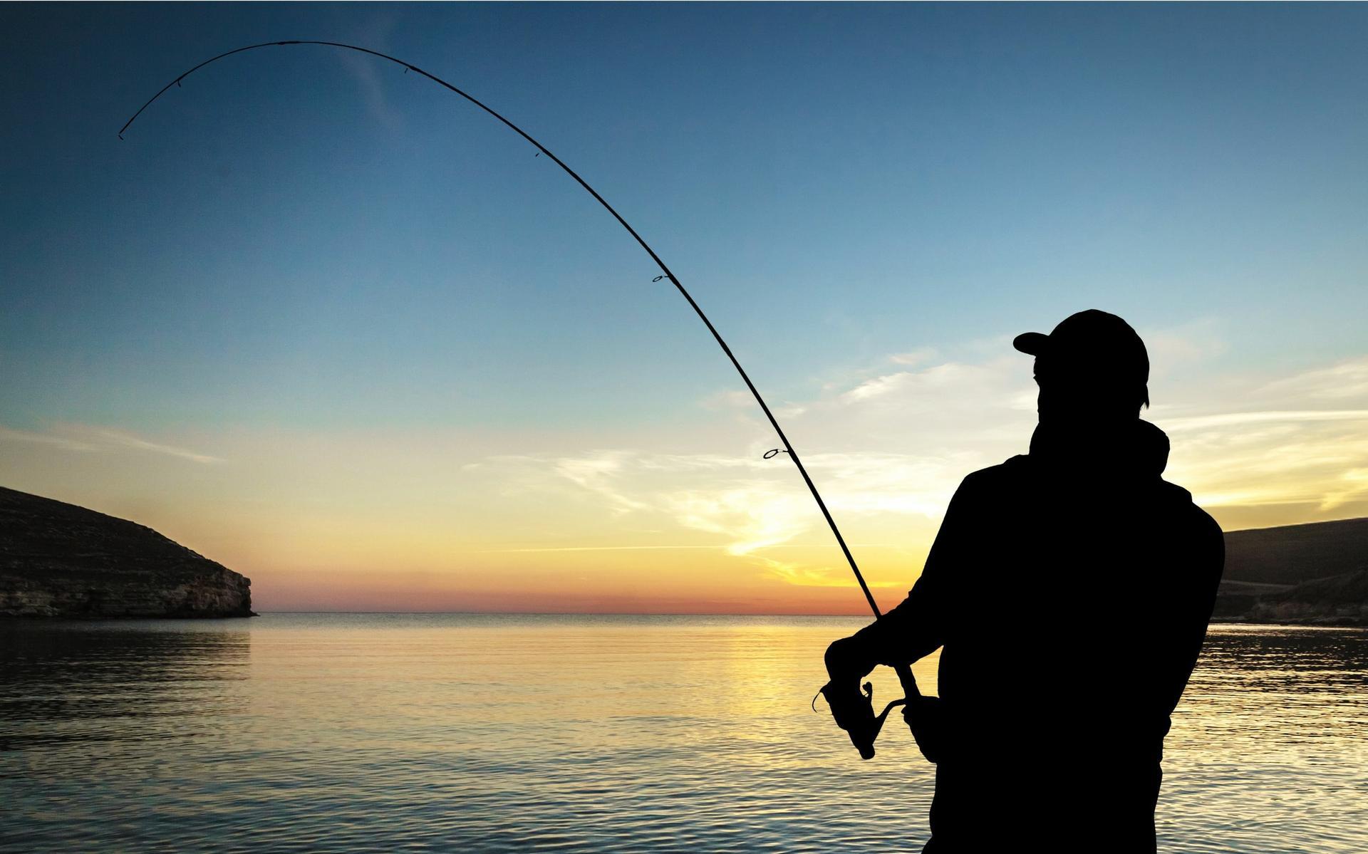 Мужчина рыбачит картинка