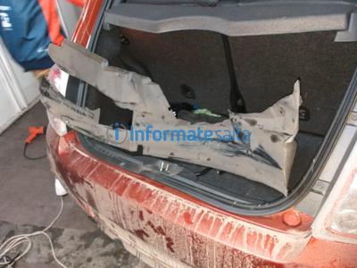 ladrón robo auto