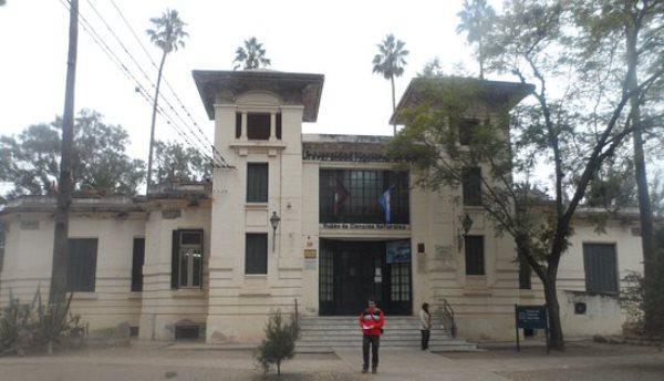 fachada-del-museo-de