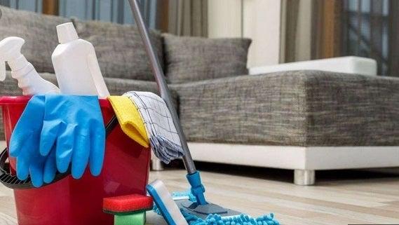 Bono para el personal doméstico: de cuánto será y cómo hay que pagarlo