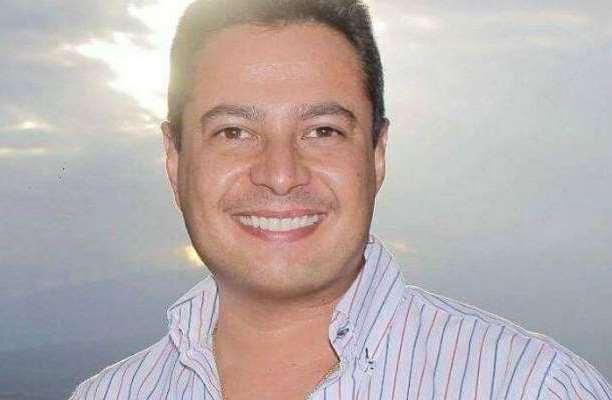 Carlos Folloni
