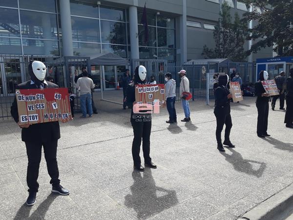 manifestaciónenmascarado3