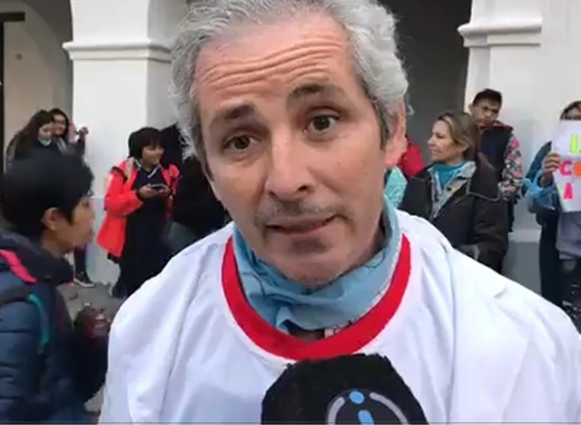Tezanos Pinto