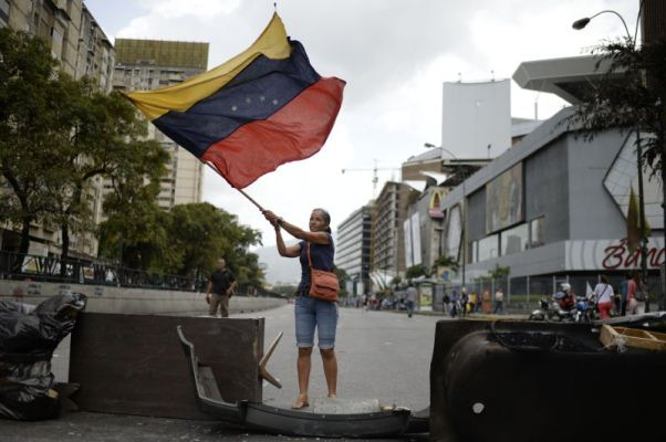 Vicente Fox viajará a Venezuela para apoyar a oposición