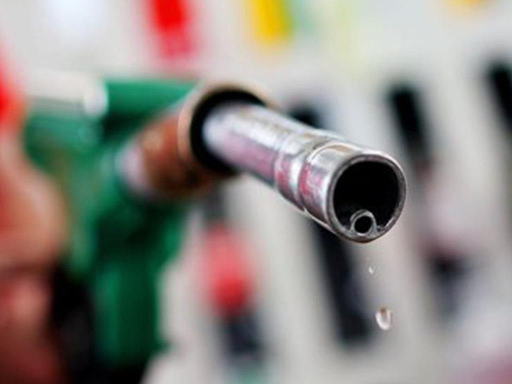 Advierten por nuevos aumentos de combustibles