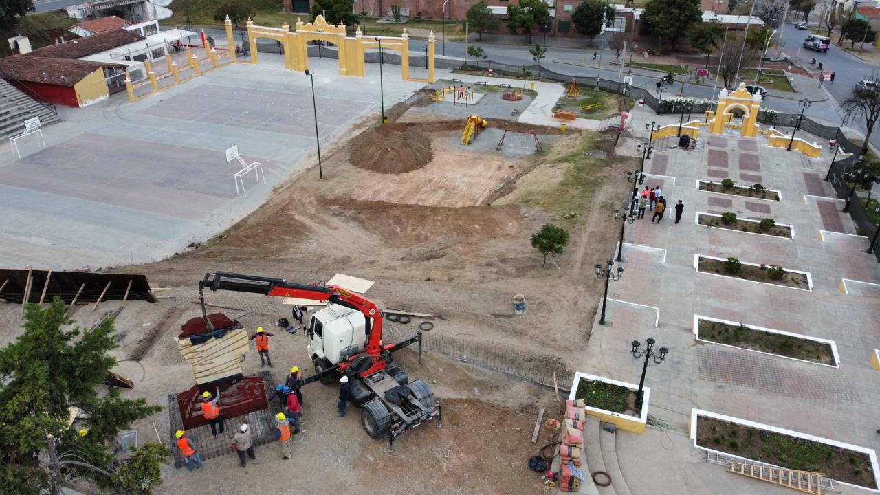 Obras Plaza España y Monumento Güemes 02