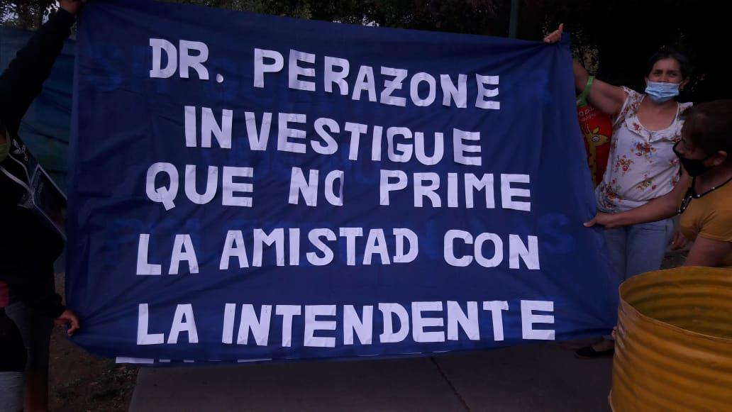 Perazone investigue