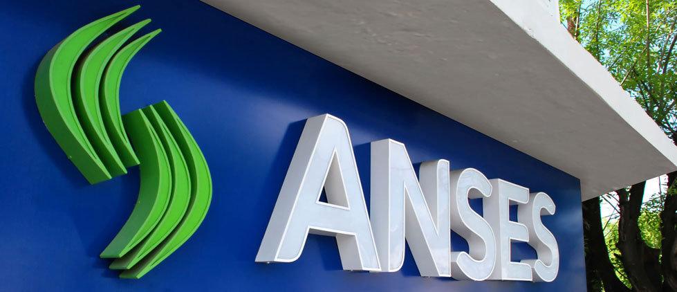 Comienza el pago de jubilaciones y AUH: Los cronogramas detallados de Anses