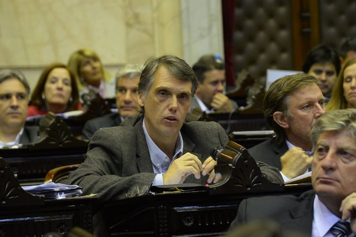 Diputados nacionales extrañan el federalismo de Kosiner en la bancada