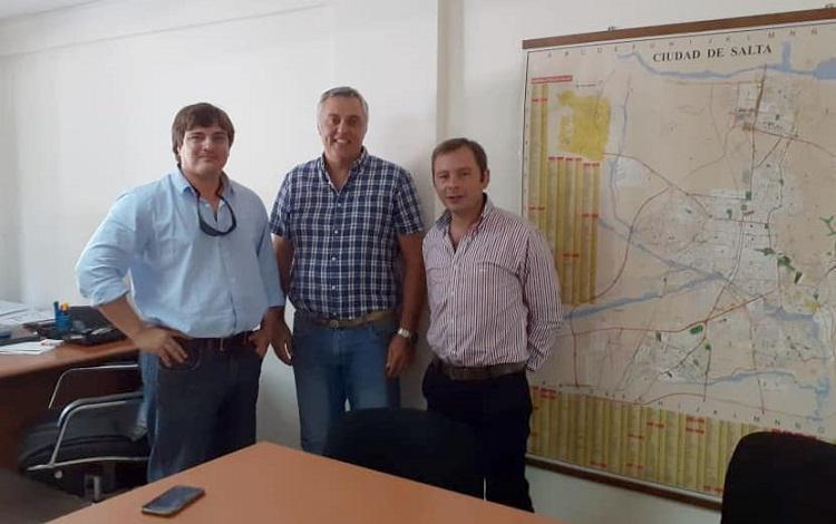 Secretario de Medio Ambiente  Alejandro Aldazabal y el Subsecretario de Residuos Sólidos Urbanos de la Provincia Normando Zuniga y el Director de Medio Ambiente del Municipio Ing. Pablo Martinich