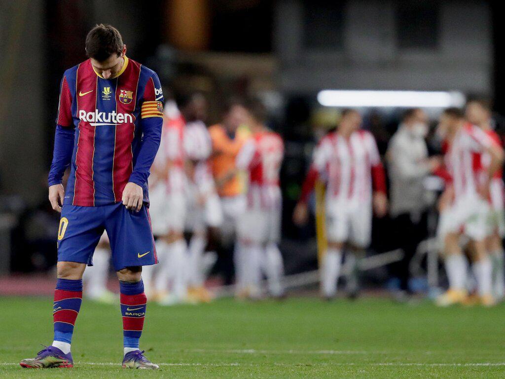 Messi pegó una piña y fue expulsado por primera vez como jugador de Barcelona