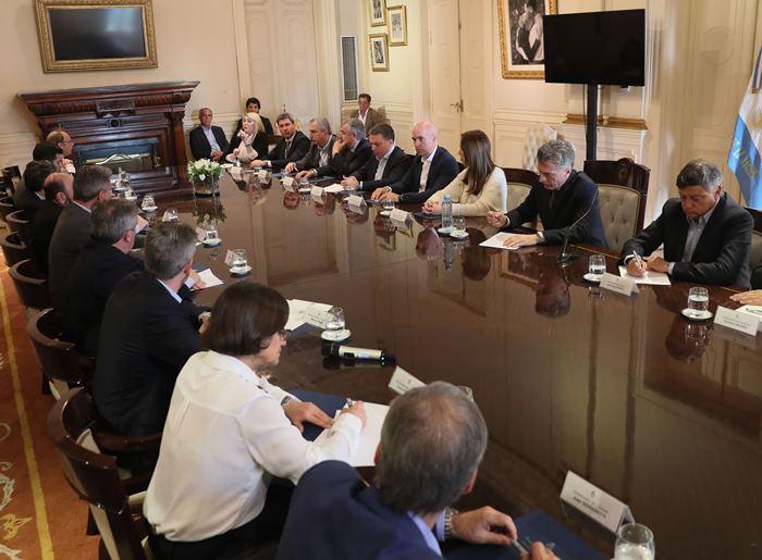 Reunión del presidente Macri con los gobernadores (2)
