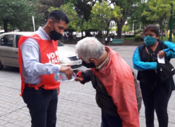 abuelos voluntarios pami