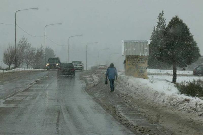 Muy frío, con probabilidad de nevadas y alerta por lluvias intensas
