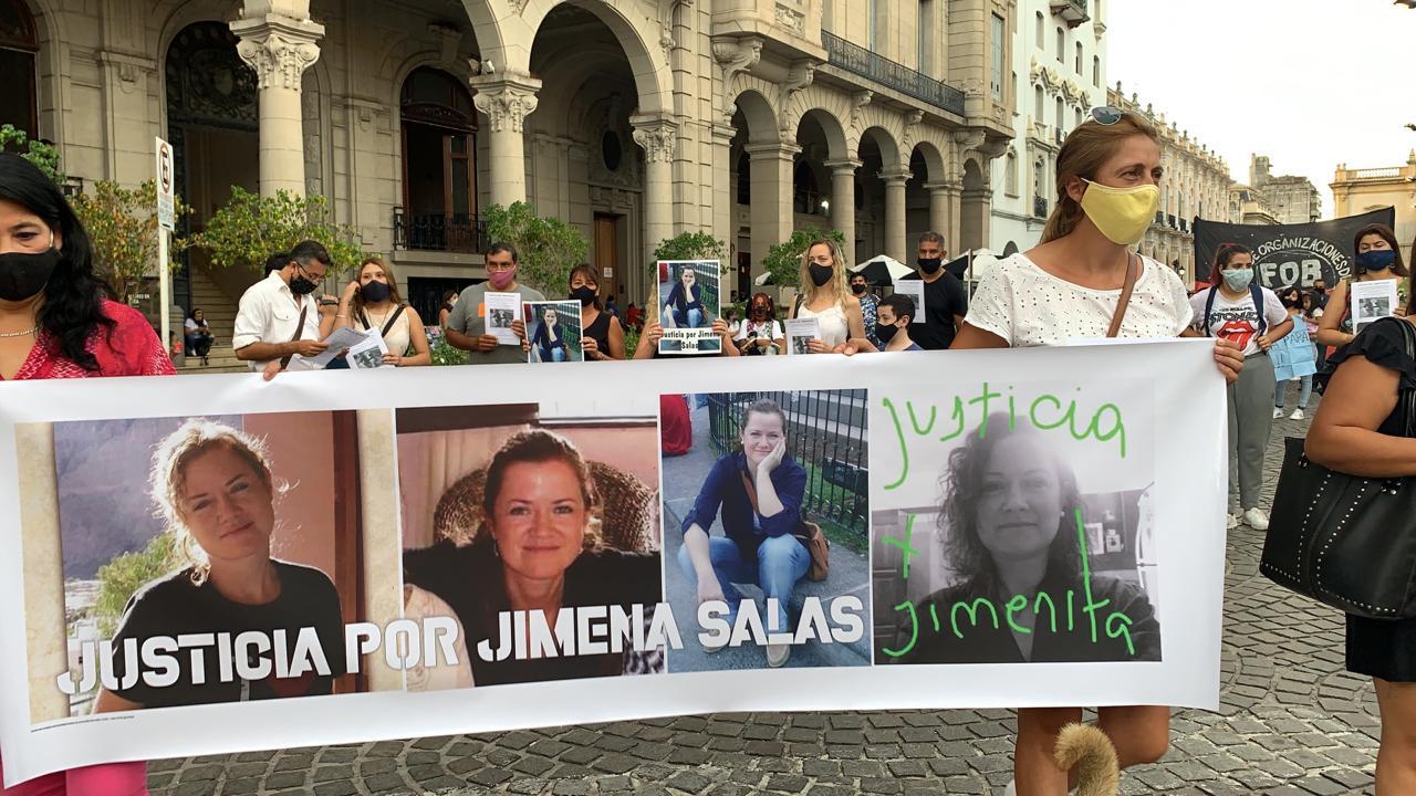 Jimena Salas marcha