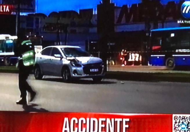 accidente atropellada av paraguay (2)