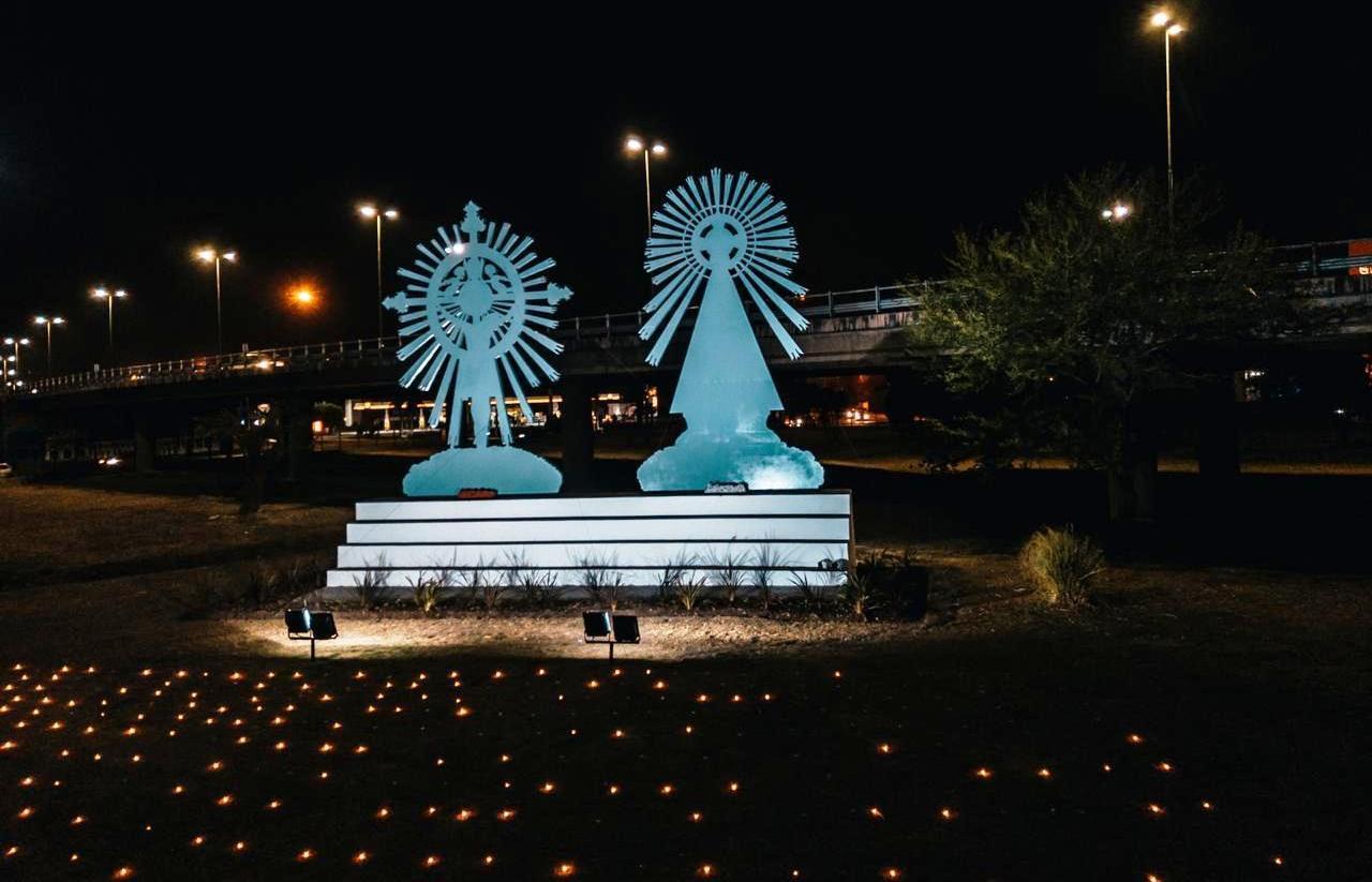 Un Milagro diferente: Coronaron las imágenes de Limache con 701 velas en honor a los peregrinos