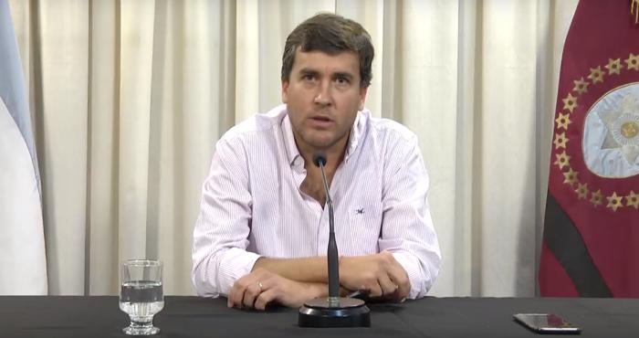 """""""En tanto no haya circulación viral la provincia seguirá con la cuarentena administrada"""""""
