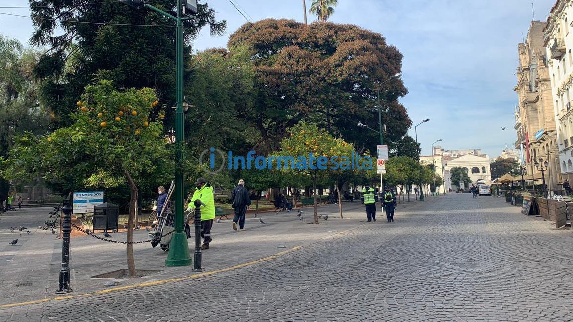 centro confinamiento restricciones retenes vallado control dni par impar peatonal cuarentena plaza