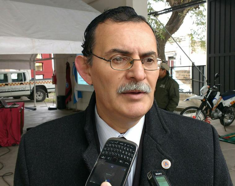Ernesto Flores