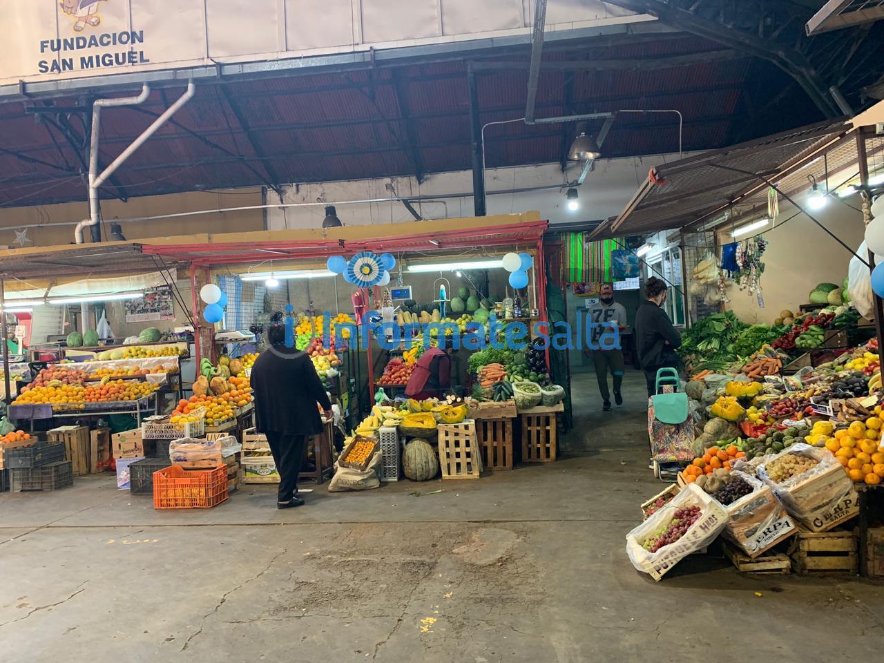 mercado san miguel ventas precios verduras frutas economia inflacion relevamiento