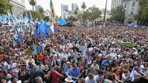 Resultado de imagen para Fotos del 24 de Marzo de 2019 plaza de mayo