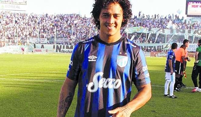 Encuentran herido a un jugador de Atlético Tucumán en su departamento