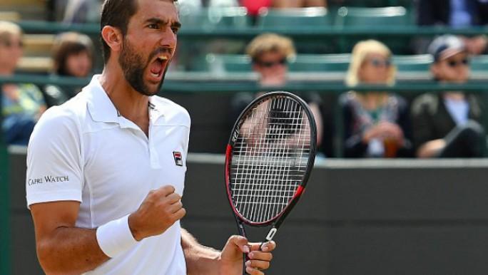 Federer ganó y se despidieron Murray y Djokovic