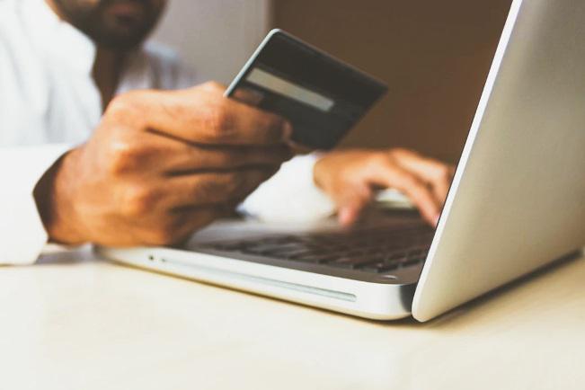 ¿Cómo comparar tarjetas de crédito y solicitar la tarjeta indicada?